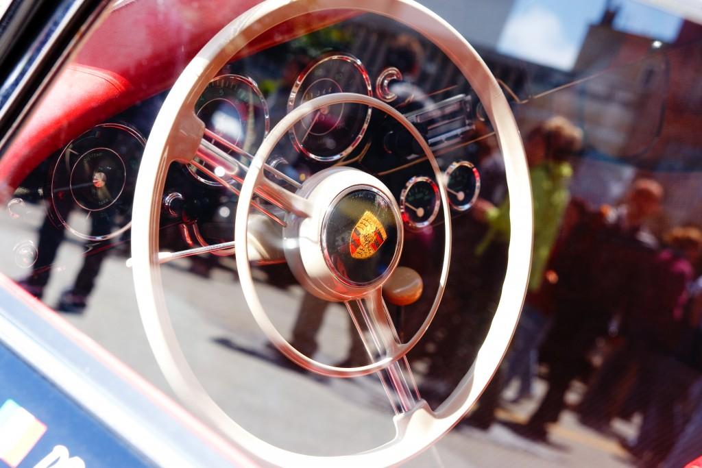 © Radoslaw Lecyk / Shutterstock / Ein Klassiker : Porsche 356 - 1957