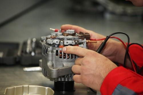 Kleines Bauteil, große Wirkung – die Lichtmaschine als Stromerzeuger im Fahrzeug