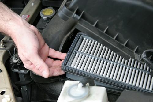 Schützt Umwelt und Brieftasche: auf einen sauberen Luftfilter sollte Ihr Fahrzeug nicht verzichten