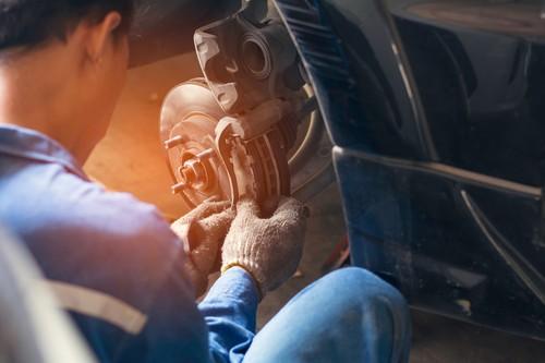 Bremssattel – Funktionsweise und richtiges Vorgehen bei Defekten
