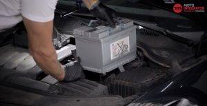 Batterie wechseln VW Passat