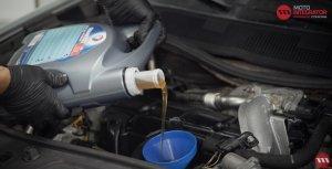 Motoröl und Ölfilter wechseln